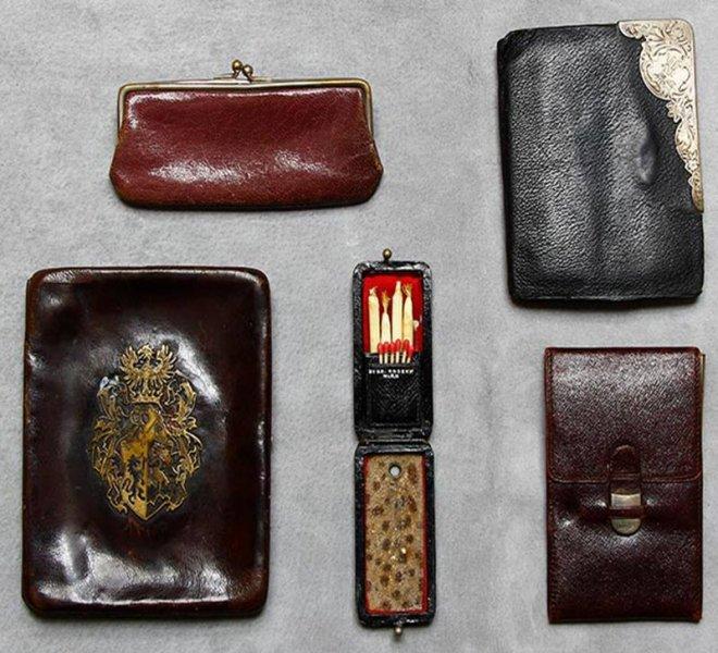 Bőr cigaretta és kártya tartók